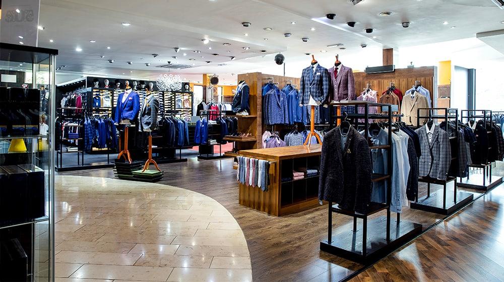 retail-environment-logistics-installation